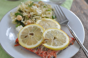 Lemon Dill Salmon: Farm Versus Wild & Meal Planning Monday!