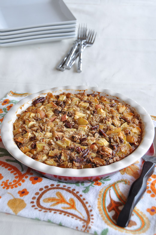 Apple Pie Baked Oatmeal - Nutritious Eats