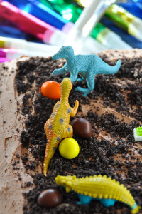 Easy Kids Birthday Cake: Chocolate Cake with Chocolate Buttercream Frosting