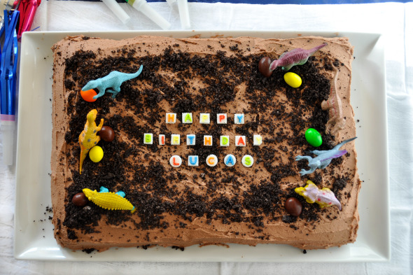 Easy Kids Birthday Cake Chocolate Cake with Chocolate Buttercream