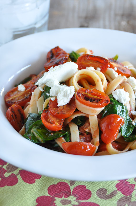 Fettuccine with Tomato, Spinach & Goat Cheese-1-4