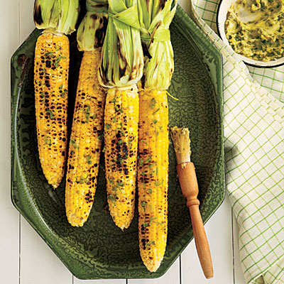 1106p136-grilled-corn-on-cob-roasted-jalapeno-butter-l