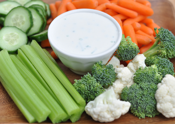 Homemade Ranch Dressing | Nutritious Eats