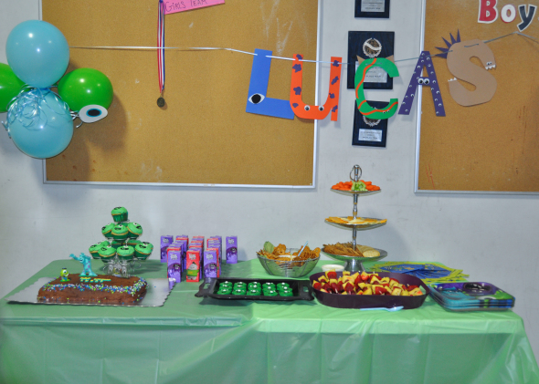 MonstersUniversityParty-1