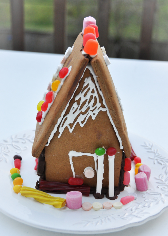 GingerbreadHouse-1