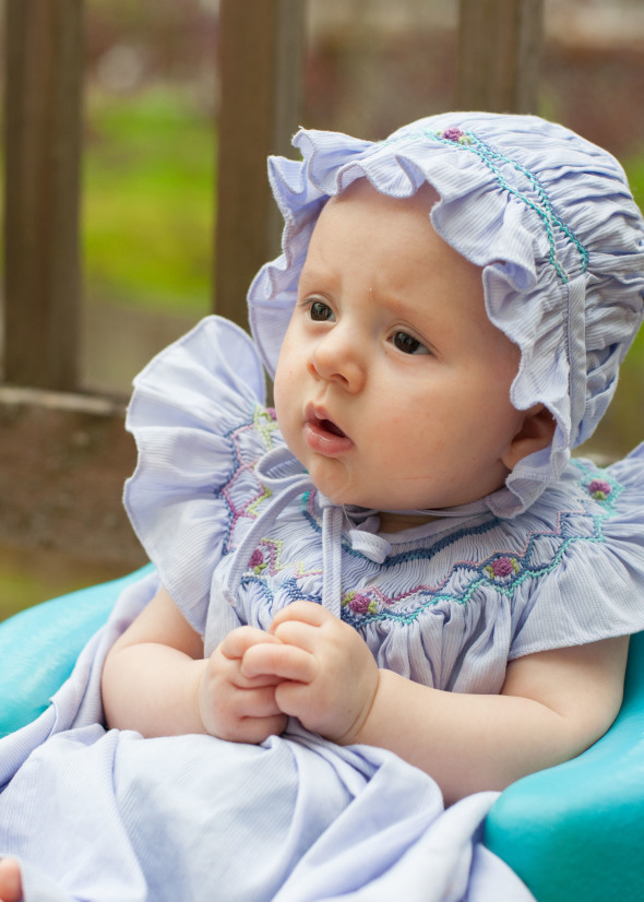 Evangeline 4 months | www.nutritiouseats.com
