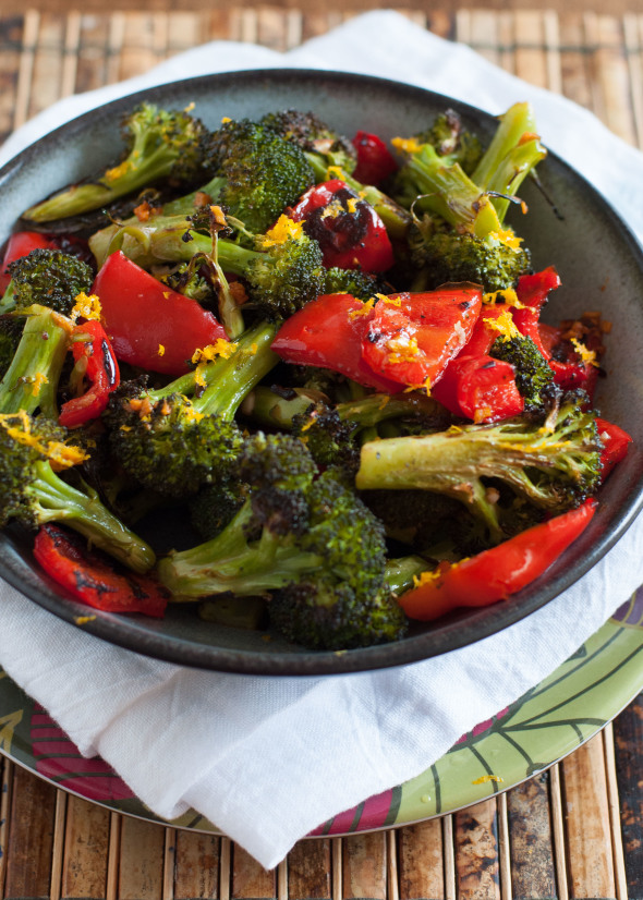 Asian Roasted Broccoli and Red Peppers | www.nutritiouseats.com