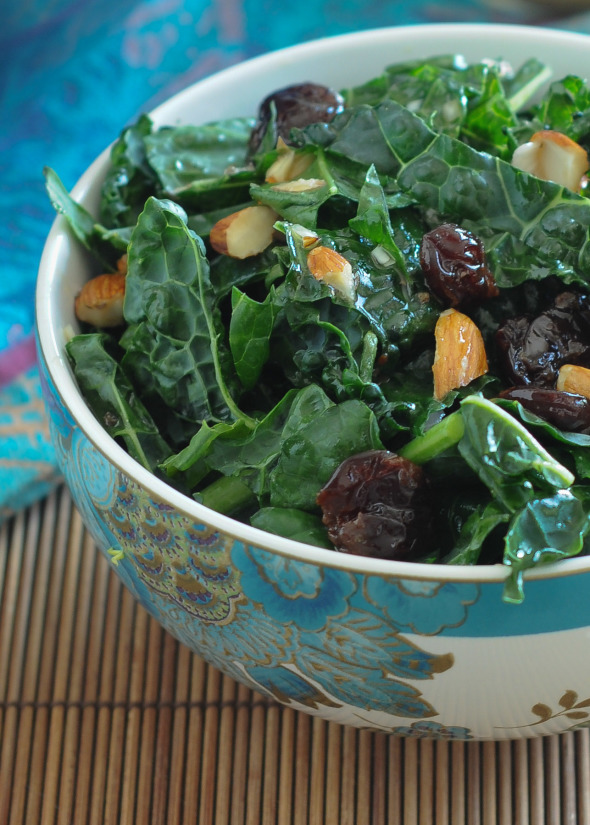 Kale Salad with Red Wine Vinaigrette | www.nutritiouseats.com