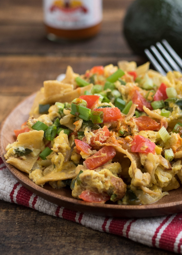 Migas {Tex Mex} - a flavorful and filling breakfast, TexMex style | Nutritious Eats