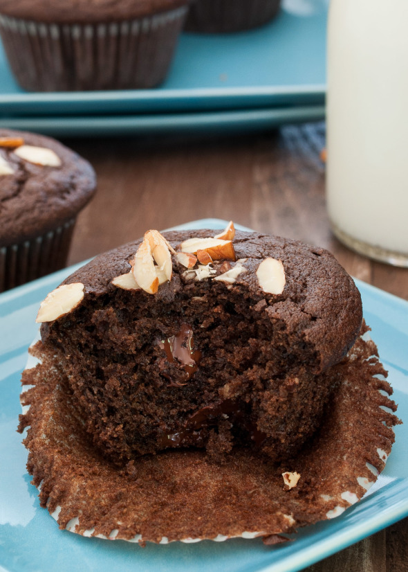 Double Chocolate Almond Muffins #glutenfree   www.nutritiouseats.com