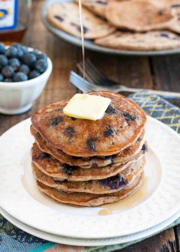 Vegan Blueberry Pancakes | www.nutritiouseats.com