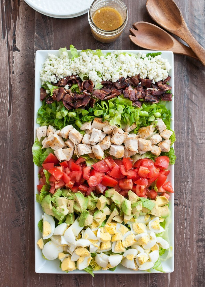 Classic Cobb Salad with Red Wine Vinaigrette | www.nutritiouseats.com