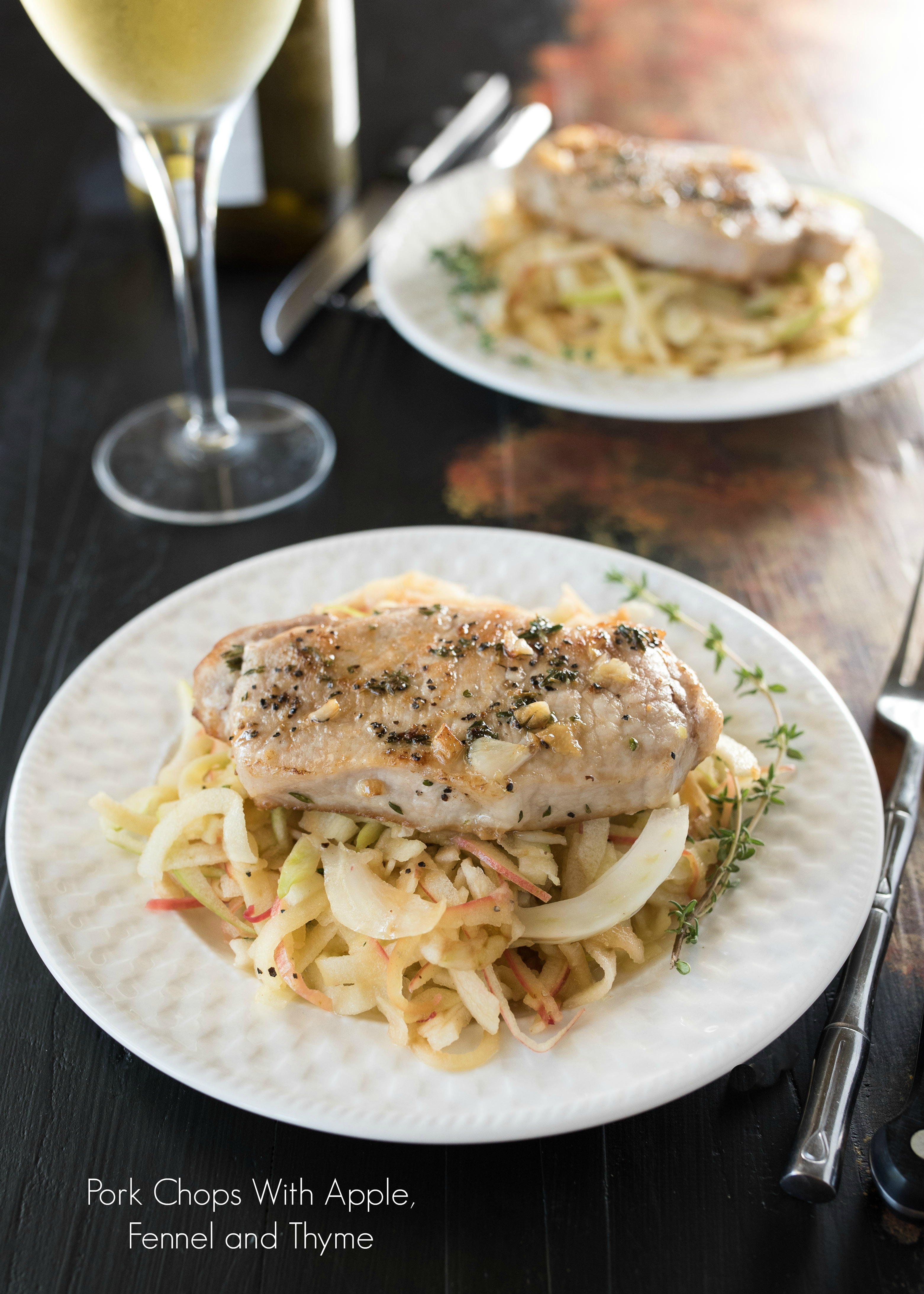 Pork Chops With Apple, Fennel and Thyme