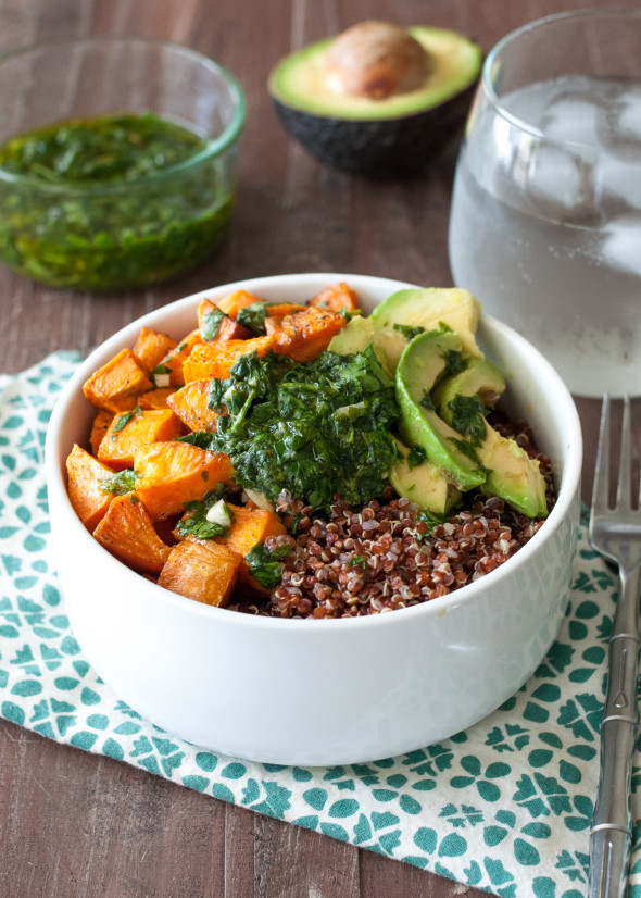 Quinoa and Sweet Potato Bowl with Chimichurri #vegan #glutenfree | Nutritious Eats
