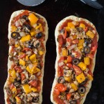 Veggie Flatbread Pizza- perfect for #MeatlessMonday and Game Day snacks. #Ad | Nutritious Eats