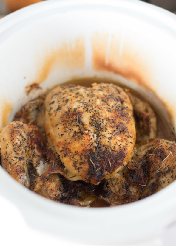 Slow Cooker Baked Chicken- a simple, juicy , fool-proof baked chicken recipe made in the slow cooker! www.nutritiouseats.com