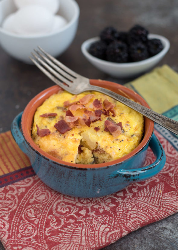 Mini Bacon, Potato and Egg Casserole #GlutenFree- Don't have the ingredients to make a large casserole? This makes the perfect portion for two people or one with leftovers- super simple too! | www.nutritiouseats.com