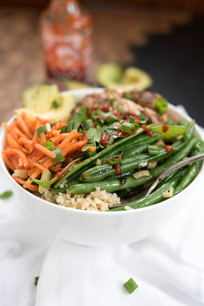Asian Chicken Quinoa Bowl #glutenfree - this is a filling, healthy meal that can be enjoyed hot or cold! Makes a great meal prep addition!| www.nutritiouseats.com