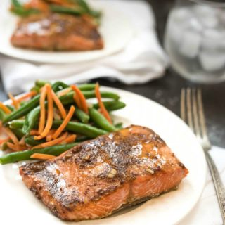 Easy Dijon Garlic Salmon #glutenfree | www.nutritiouseats.com