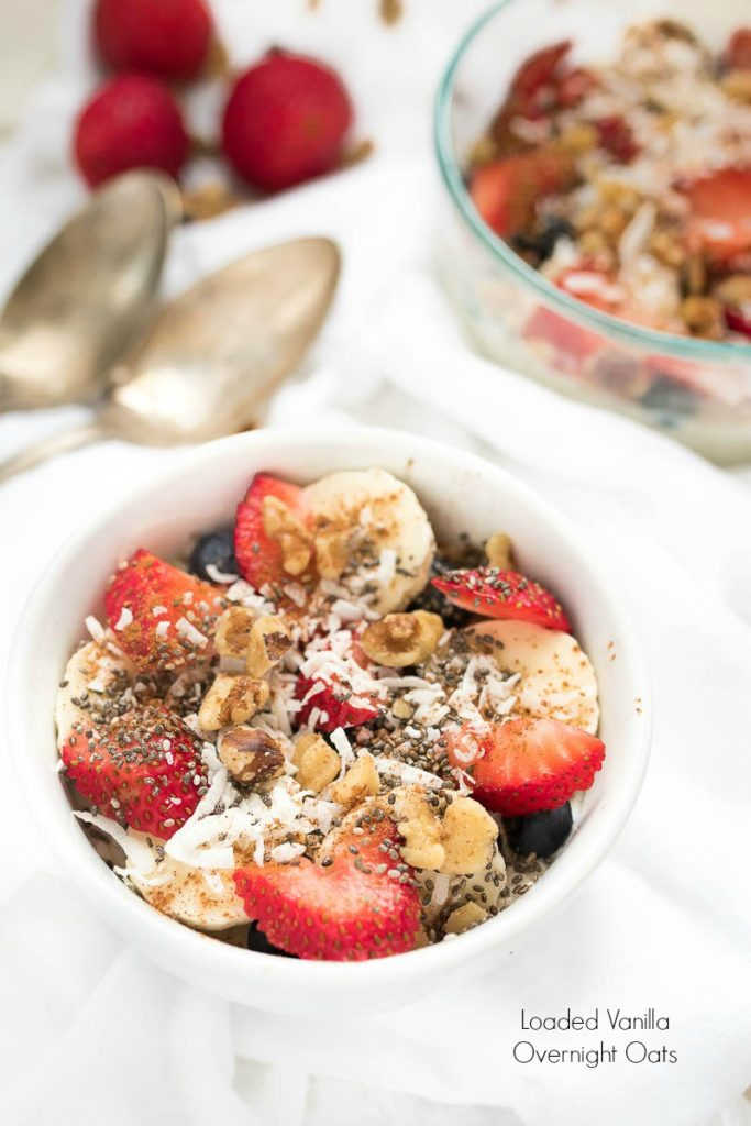 Loaded Vanilla Overnight Oats- the prefect make-ahead, healthy breakfast. Easy to make, easy to customize! #glutenfree | www.nutritiouseats.com