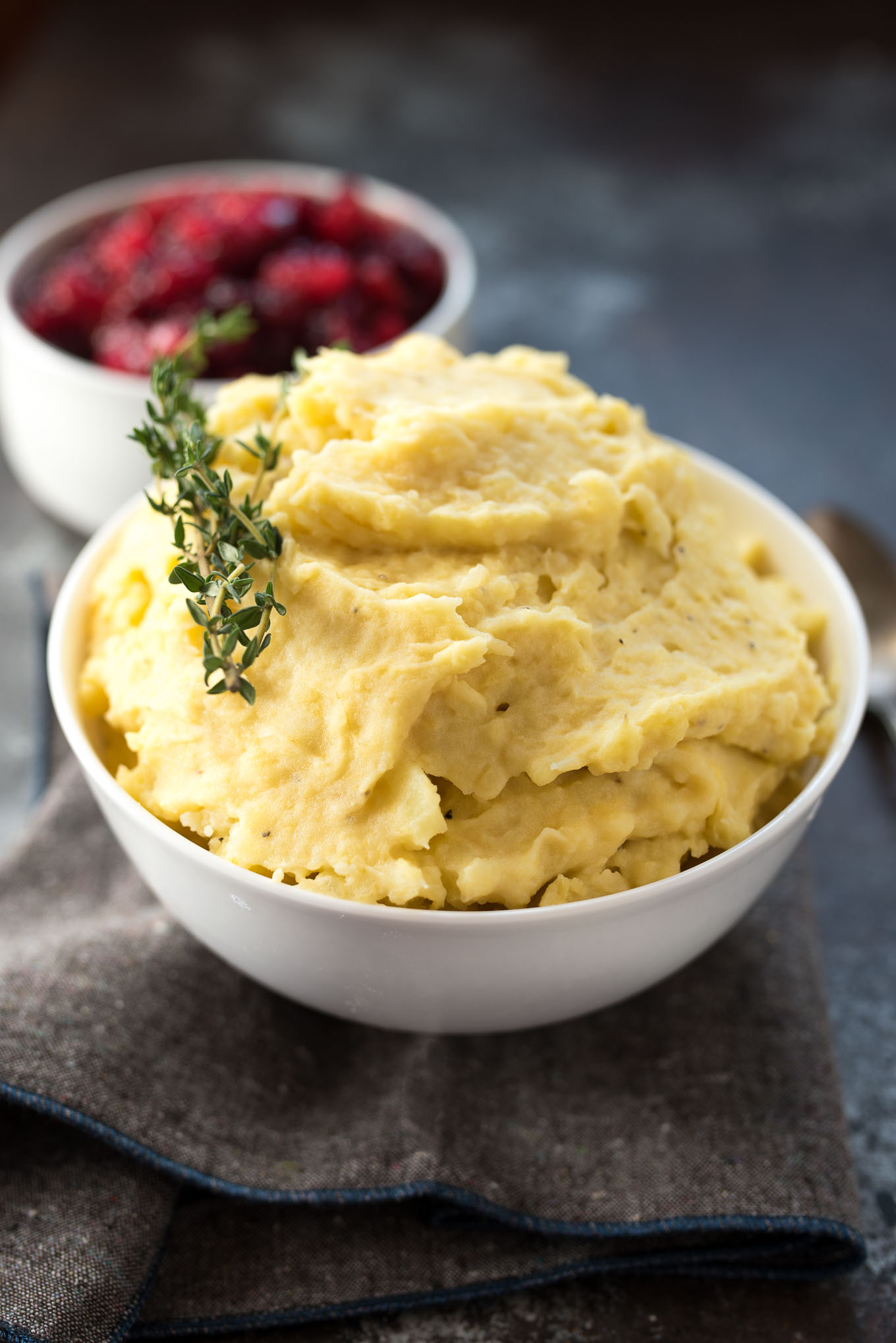 Potato and Squash Mash- looking for a healthier version of traditional mashed potatoes? Come check out this recipe! #glutenfree ! | www.nutritiouseats.com