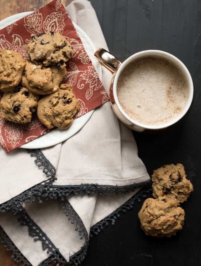 Cranberry Almond Spice Cookies- the perfect spiced cookie to dunk in your coffee. Not too sweet, but tons of flavor! #ad   www.nutritiouseats.com