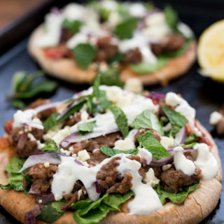 Lamb and Spinach Pita Pizza- flavor packed and ready in under 30 minutes! #thereciperedux #ad | www.nutritiouseats