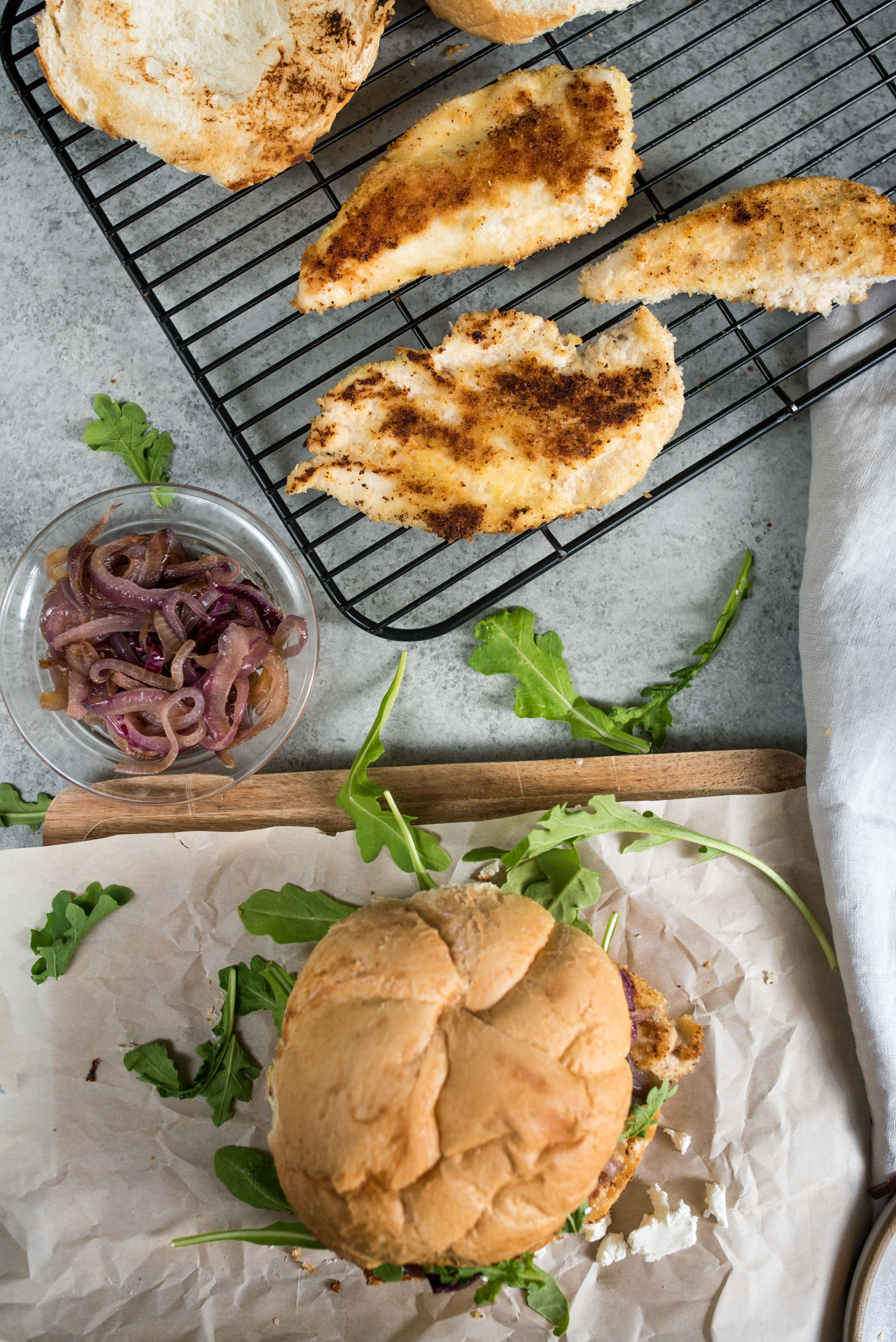 Cooling rack with chicken